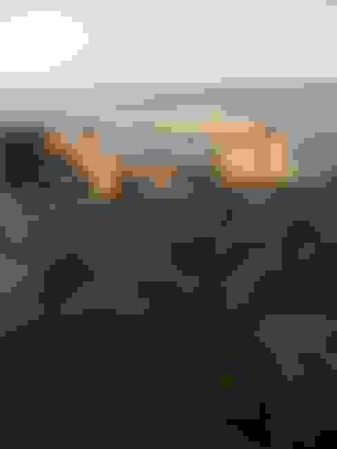 Varanda, marquise e terraço  por deco-nature