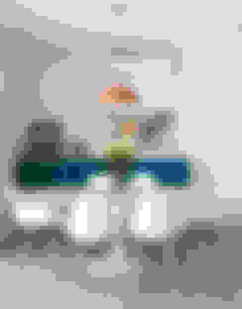 Sala de jantar: Salas de jantar  por Decorare Studio de Arquitetura
