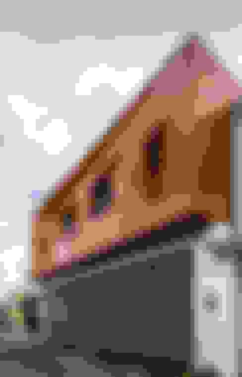 Casas de estilo  por PLASTIK ARQUITECTOS