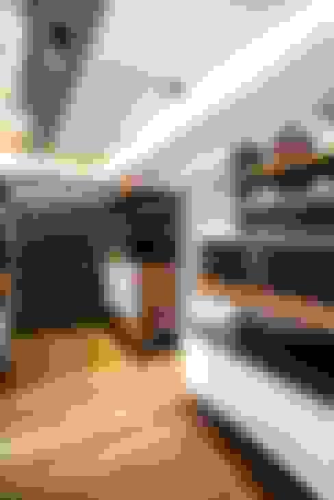 Closets de estilo  por Sobrado + Ugalde Arquitectos