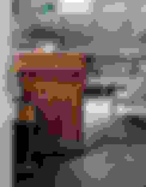 Plaza Yapı Malzemeleri – Altıgen Seramik:  tarz Oturma Odası