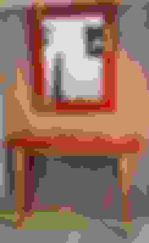 Flur, Diele & Treppenhaus von Léa Pack