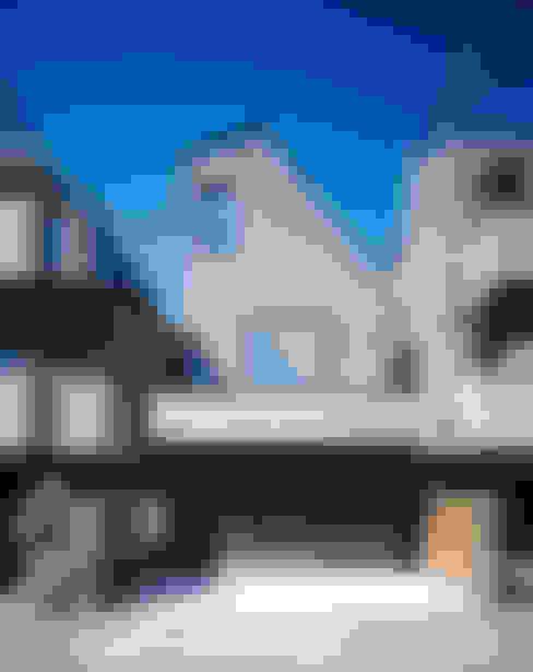 Maisons de style  par 高橋直子建築設計事務所