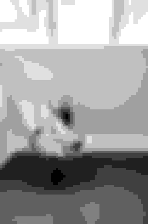 Dressing room by Ton Altena Architect