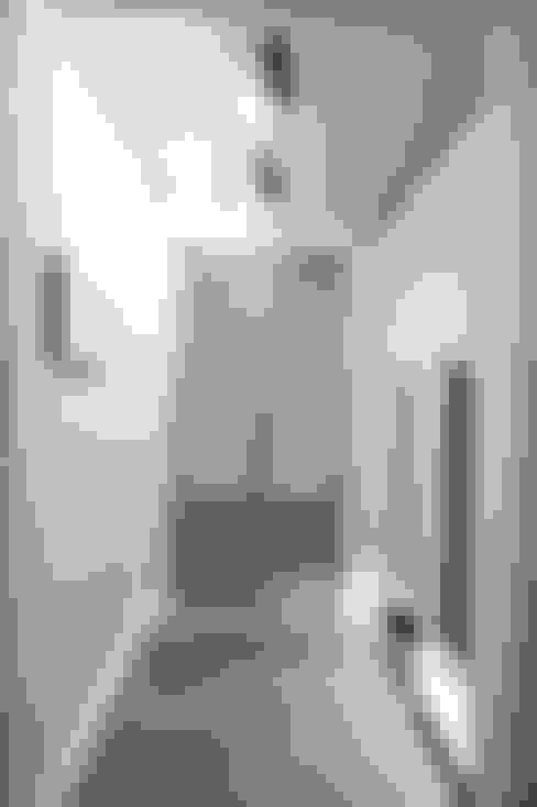 수완진아리채 3차 After: 유노디자인의  복도 & 현관
