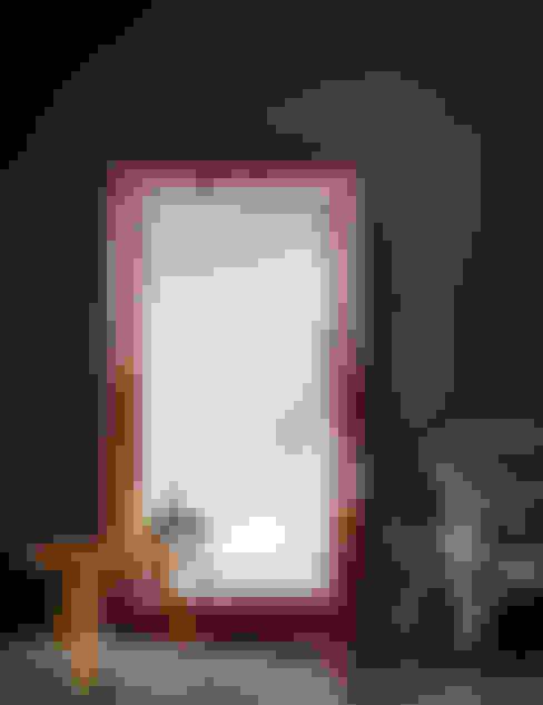 Wohnzimmer von Deknudt Mirrors