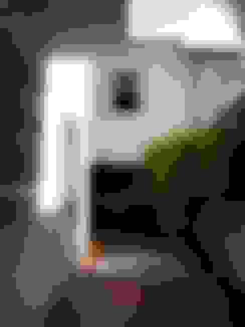 Corredor Lateral ANTES:   por Ornella Lenci Arquitetura
