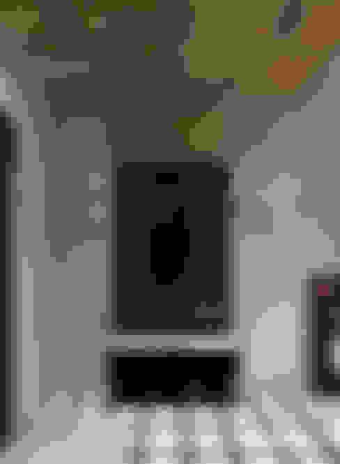 Лофт для молодой пары.: Коридор и прихожая в . Автор – Домрачева Екатерина