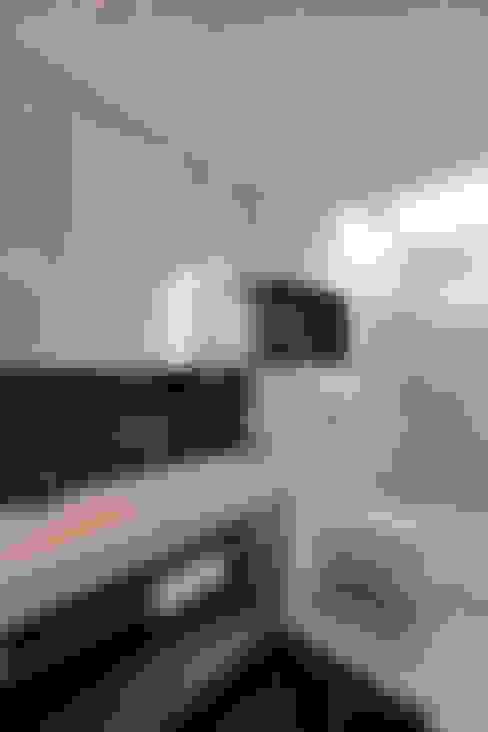 Ванные комнаты в . Автор – Neugebauer Architekten BDA