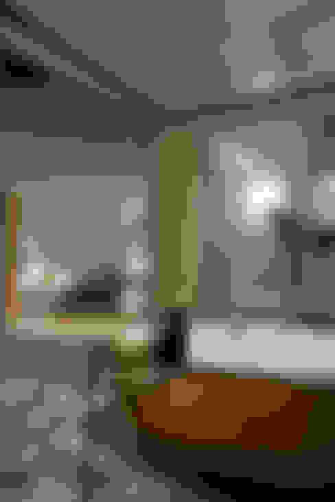 Bathroom by Mアーキテクツ|高級邸宅 豪邸 注文住宅 別荘建築 LUXURY HOUSES | M-architects