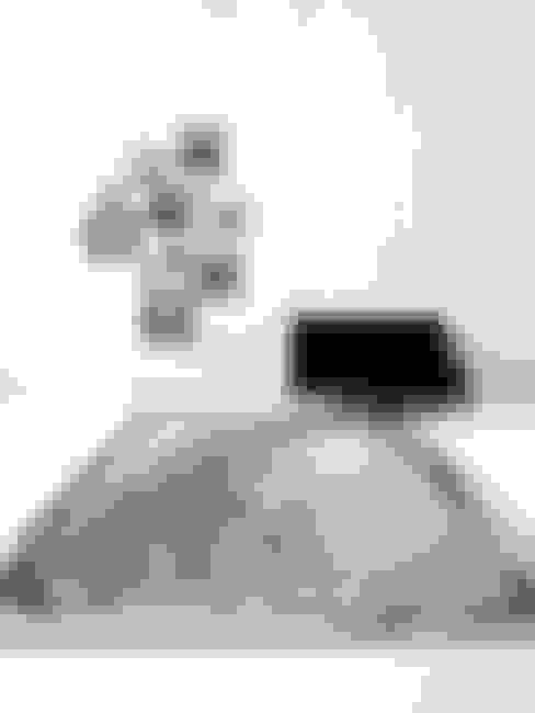[디자인카페트,수묵화카페트,미니멀인테리어] ENCRE : CAURA CARPET의  벽 & 바닥