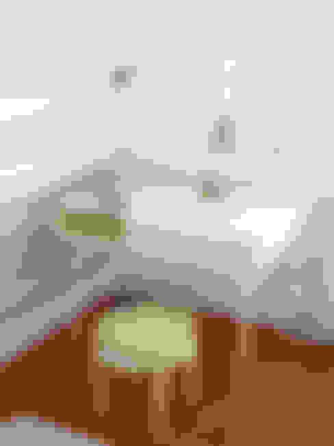 臥室 by INNOVATEDESIGN®s.a.s. di Eleonora Raiteri