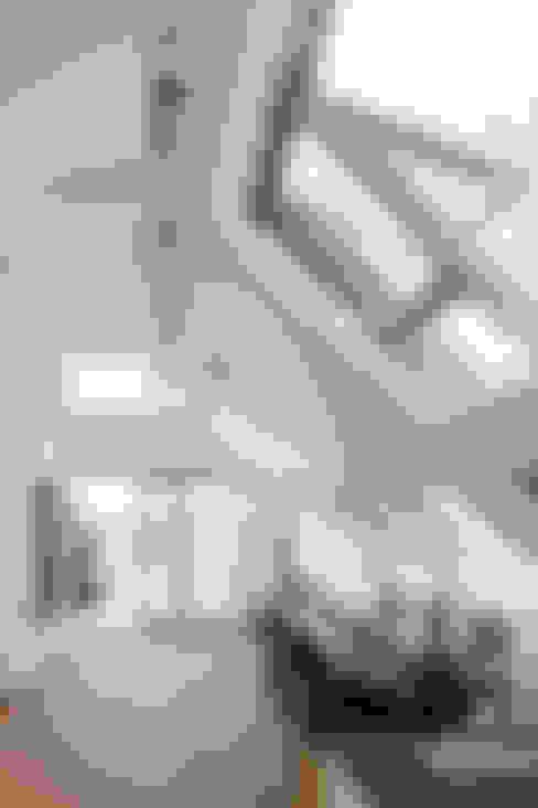 t-hoch-n Architektur의  다이닝 룸