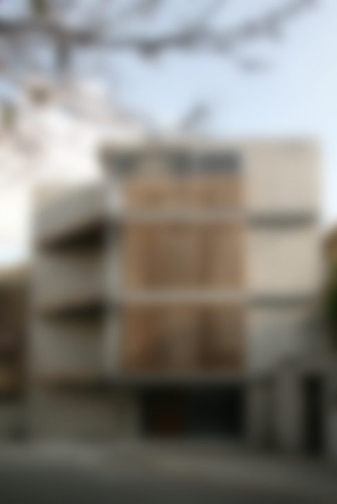 西側外観: 東章司建築研究所が手掛けた家です。