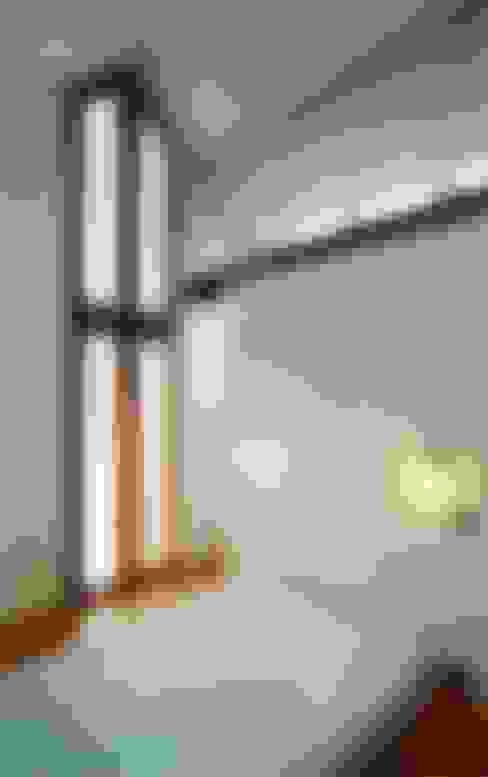 Projekty,  Sypialnia zaprojektowane przez Architekten Lenzstrasse Dreizehn