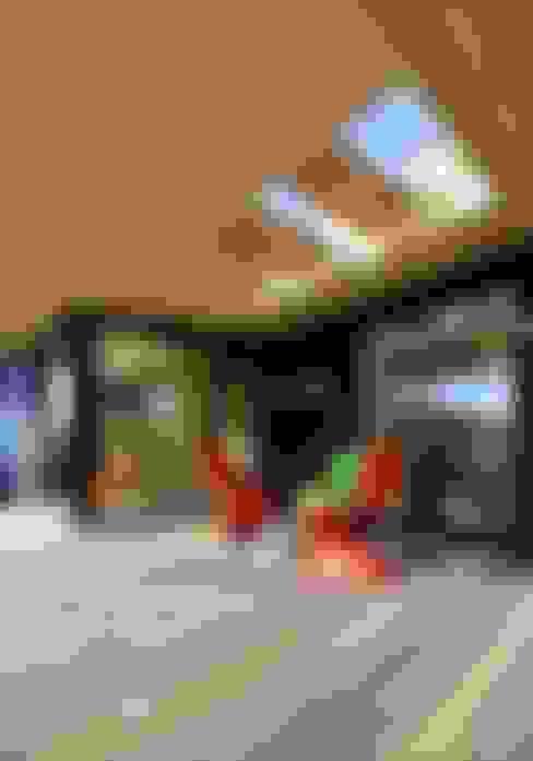 Terrace by 長谷川拓也建築デザイン