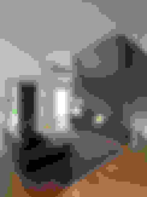 studio antonio perrone architetto:  tarz Oturma Odası