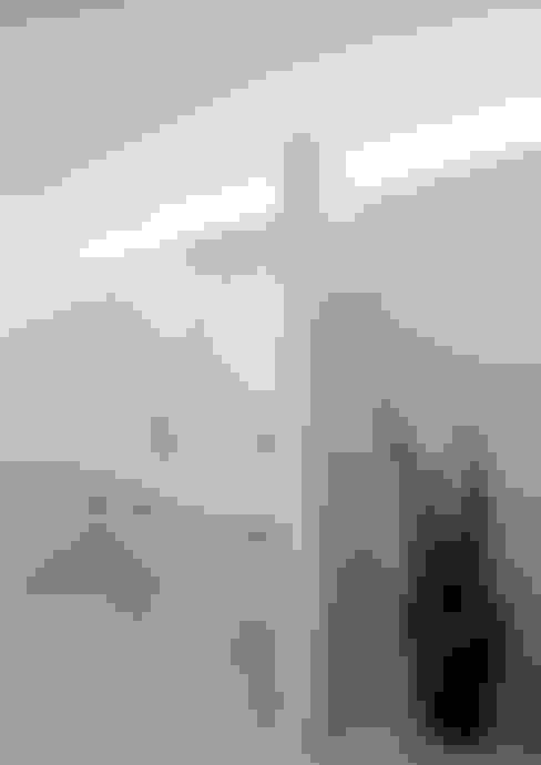 Bathroom by 松岡健治一級建築士事務所