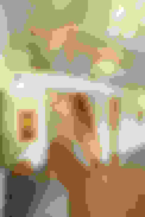Phòng ngủ by 주택설계전문 디자인그룹 홈스타일토토