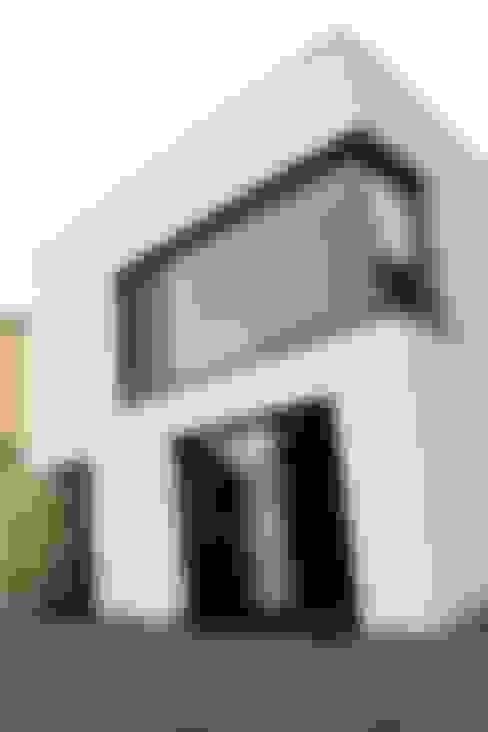 Maisons de style  par di architekturbüro