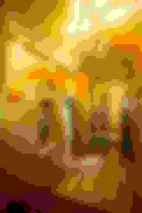 Corridor & hallway by The Orange Lane