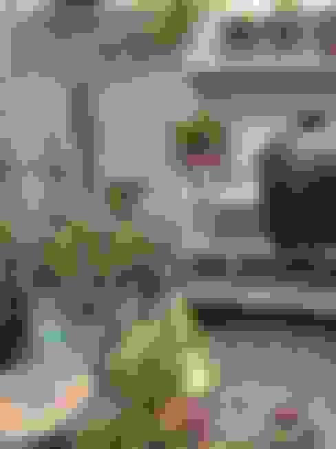 WWOO buitenkeuken met BGE large:  Tuin door WWOO