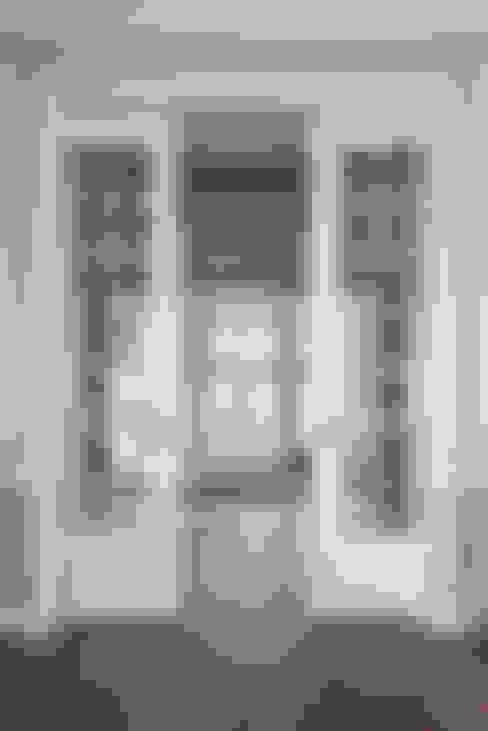 Salas de estilo  por Kodde Architecten bna