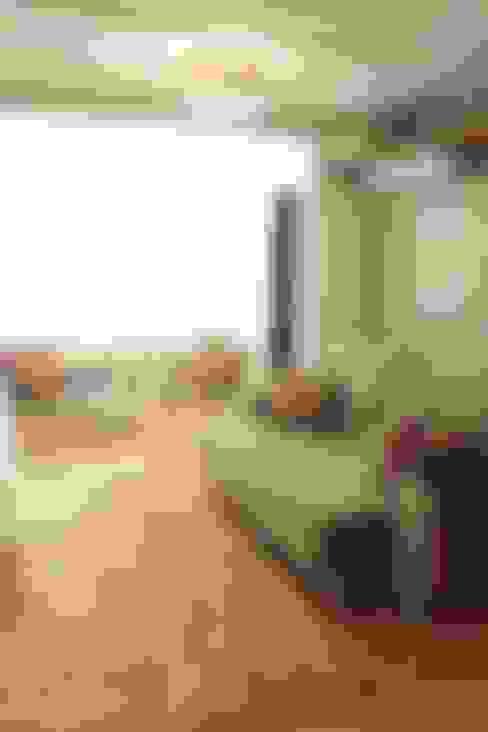 Гостиная в . Автор – Apê 102 Arquitetura