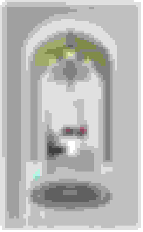 """Квартира в Баку """"Roseville"""": Коридор и прихожая в . Автор – ILKIN GURBANOV Studio"""