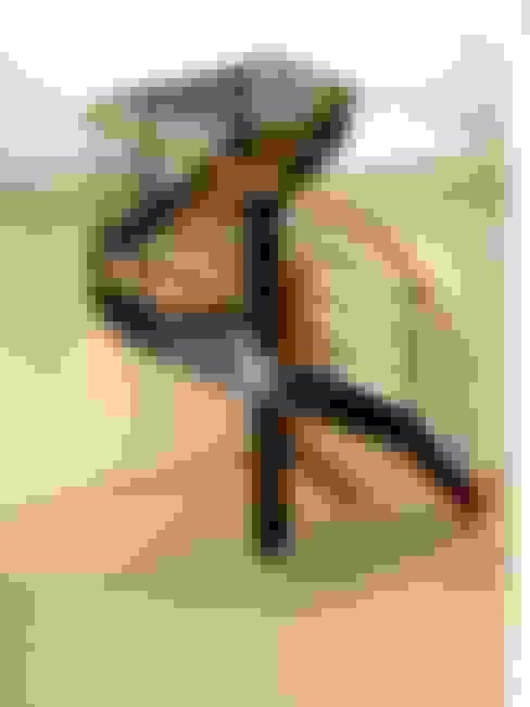 MAISON A à Nante en Rattier: Couloir et hall d'entrée de style  par TESTUD THEVENIN ARCHITECTES