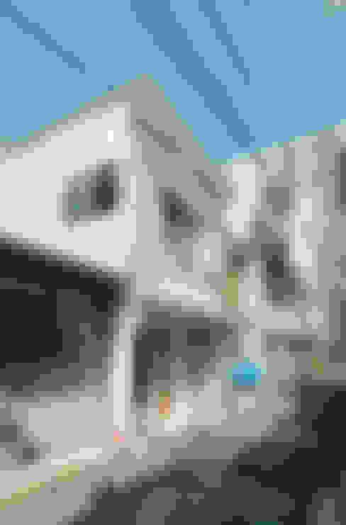 Huizen door coil松村一輝建設計事務所
