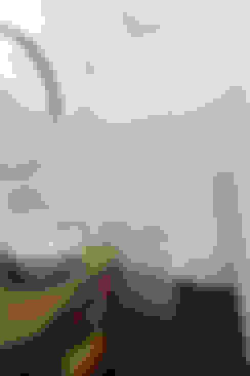 Apartamento Saldanha_Reabilitação Arquitectura + Design Interiores: Casas de banho  por Tiago Patricio Rodrigues, Arquitectura e Interiores