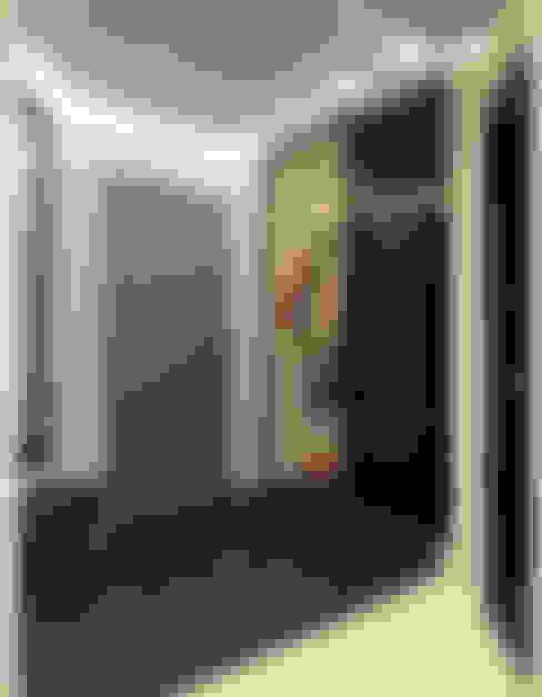 Лаконичный интерьер.: Коридор и прихожая в . Автор – Tutto design