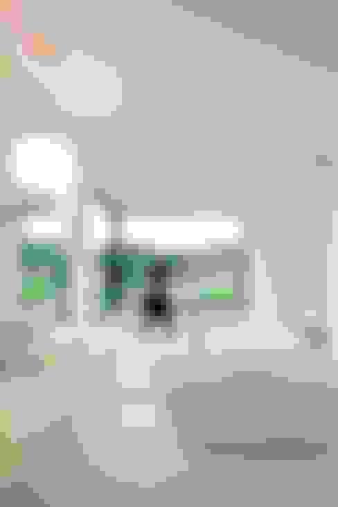woning te Overijse:  Badkamer door hasa architecten bvba