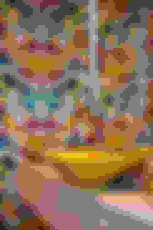 浴室 by SBARDELOTTO ARQUITETURA