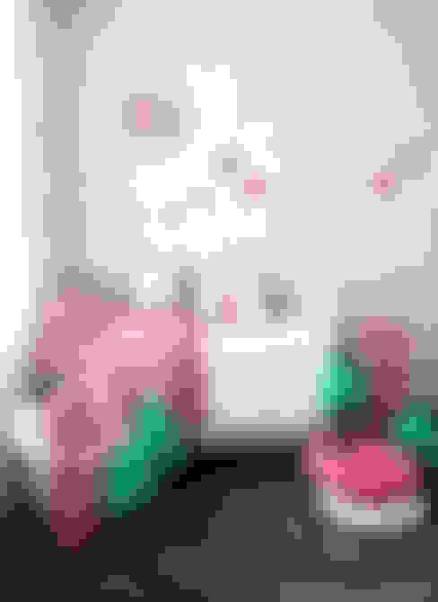 WOORI ZIP BEDDING (PINK): jumine의  아이방