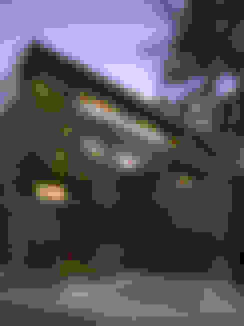 Casa Barrancas : Casas de estilo  por Ezequiel Farca