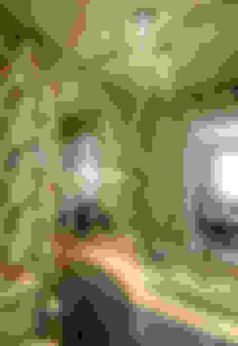 Apartamento Indaiatuba: Banheiros  por Designer de Interiores e Paisagista Iara Kílaris