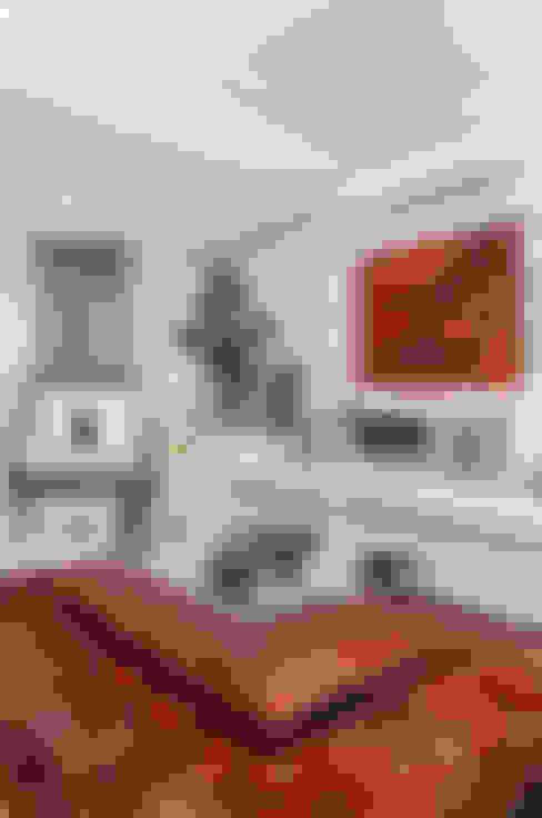 Living em Preto Branco e Cinza: Salas de estar  por marli lima designer de interiores