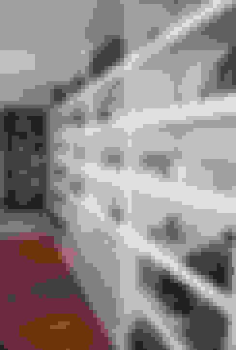 Salas / recibidores de estilo  por Graf Arquitetura & Interiores