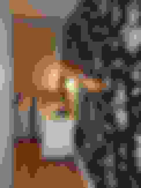 Dormitorios de estilo  por Elaine Medeiros Borges design de interiores