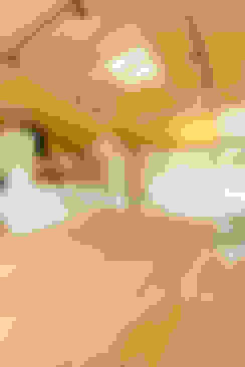 Salle à manger de style  par 株式会社ミユキデザイン(miyukidesign.inc)