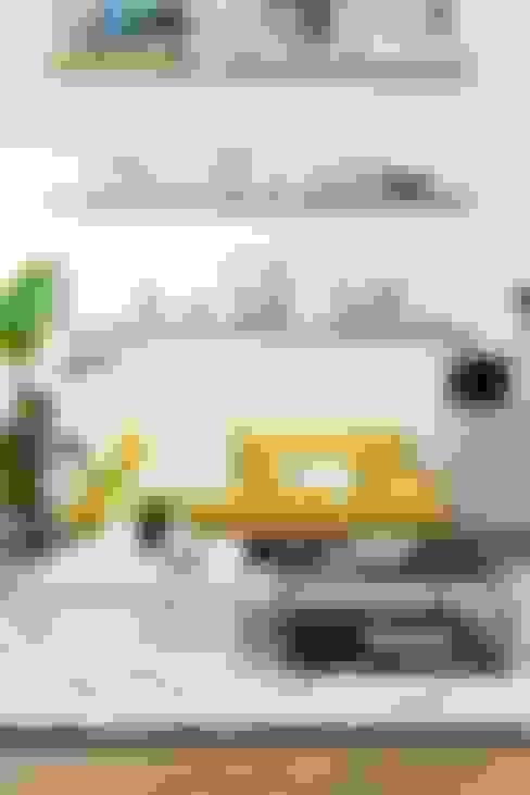 Salas de estar  por Muebles Capsir