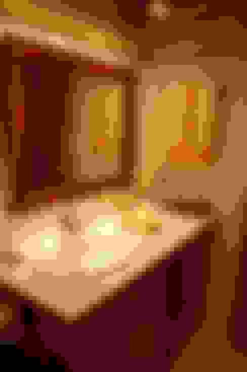 Banheiros  por Gramil Interiorismo II - Decoradores y diseñadores de interiores