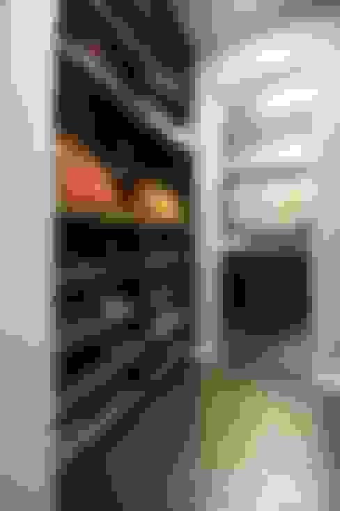 여자라면 누구나 탐낼만한 주방인테리어: 홍예디자인의  드레스 룸