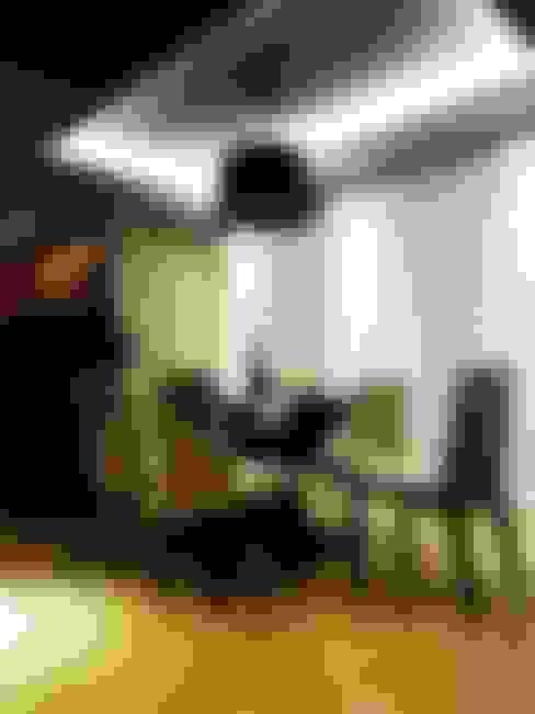 apartamento N+R: Salas de jantar  por SPOT161 arquitetura + design