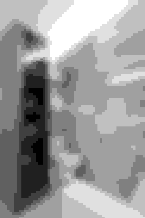 이태원 청화아파트 58평형: MID 먹줄의  욕실