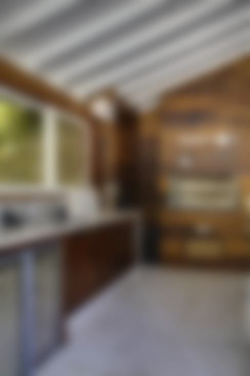 casa CR: Cozinhas  por Raquel Junqueira Arquitetura