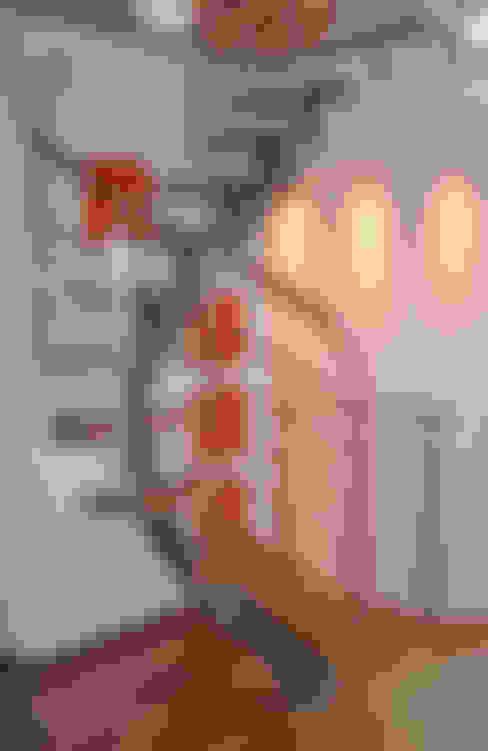Corridor, hallway & stairs تنفيذ  ROBERTO CRESPI ARCHITETTO