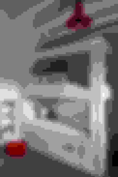 Nursery/kid's room by Studio Duggan